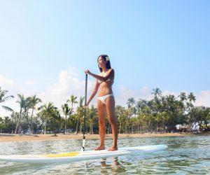 bigstock-hawaii-beach-lifestyle-woman-p-73310629